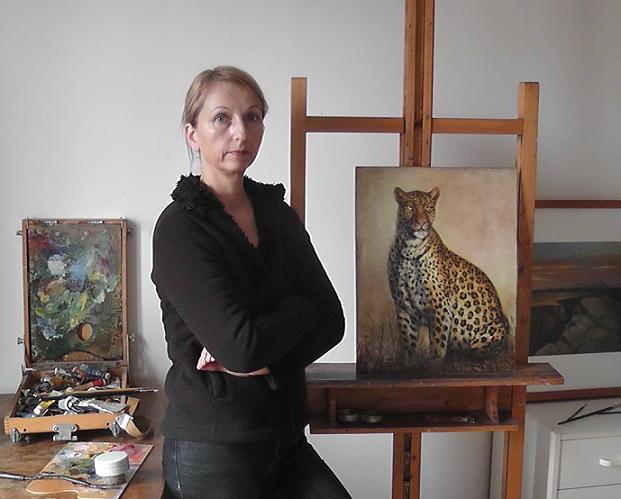 Malerin Annekatrin Müller im Atelier